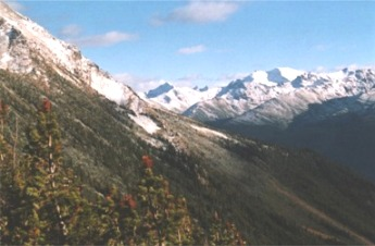 Raush valley and Premiere Range from Mt. Thomas